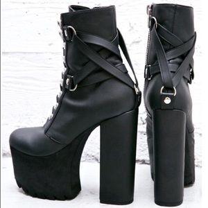 CURRENT MOOD Devils work platform gothic 70s boots